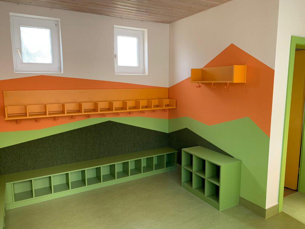 Garderobe (Kindergarten Schwarzenberg)